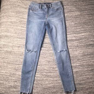 Mossimo Denim High Rise Jegging 00/24R